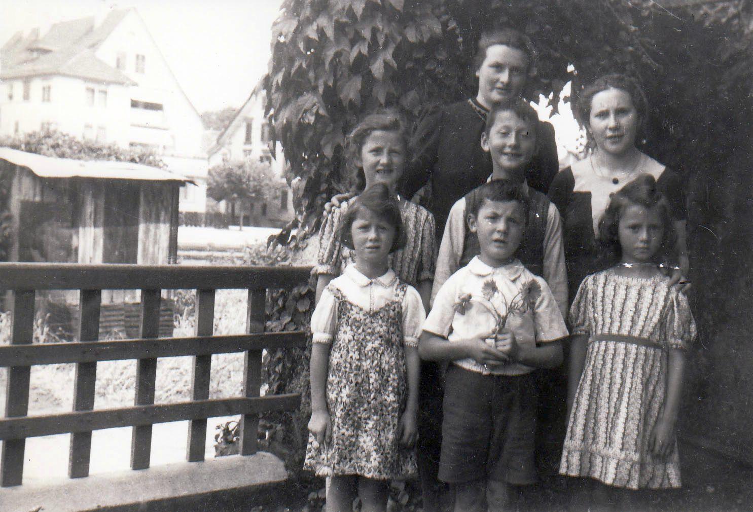 Kinder des Josef Fischer (etwa 1944)